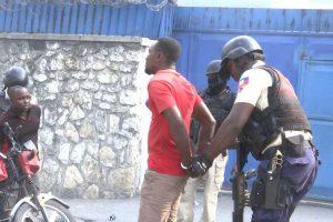 Policía anuncia medidas para pacificar barriada capitalina