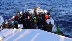 Interceptan 146 inmigrantes haitianos en aguas de isla Torutuga