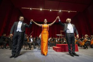 Teatro Nacional celebra 46 aniversario con deslumbrante gala