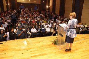 SJM: Lucía Medina dice seguirá trabajando pero desde Senaduría