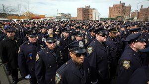 Policía de Nueva York capacitará agentes ante constantes suicidios