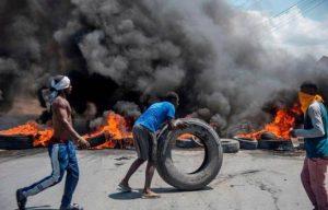 Gobierno haitiano ajusta precios de combustibles en medio de crisis