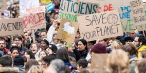 Miles de jóvenes se manifiestan en Nueva York contra cambio climático