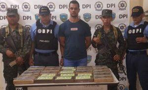 HONDURAS: Arrestan a dominicano con alijo $20 MM