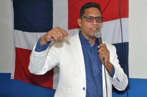 FILADELFIA: Dirigente del PRM Edwin García lanza precandidatura a diputado