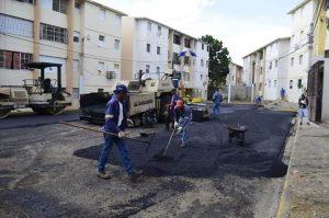 Gobierno dispone asfaltado de las calles en la Villa Olimpica
