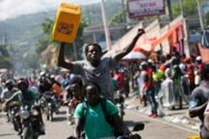 Condenan ataques contra escuelas durante protestas en Haití
