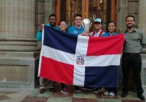 RD recibe Copa Puerto Rico en Olimpiadas Iberoamericanas Matemática
