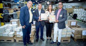 JCE entrega materiales al PLD y PRM para sus primarias del 6 de octubre