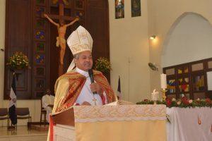 PUERTO PLATA: Obispo clama por cese violencia y medio ambiente
