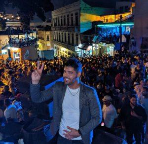 Orlando Faxas debuta con su orquesta de salsa en Bonyé