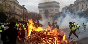 FRANCIA:  164 detenidos en París tras desembocar varias protestas