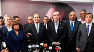 Abinader dice confía «buen trabajo» que realiza la Junta Central Electoral