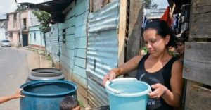 Principales sectores de la ciudad de Santiago están sin agua