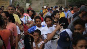 Corte Suprema de EEUU permite restringir solicitudes de asilo