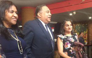 Aspirante a diputado Senise promete mantener unidad