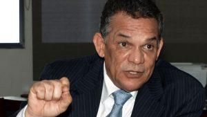 Ministro responde PRM mediante acto alguacil sobre licencia funcionarios
