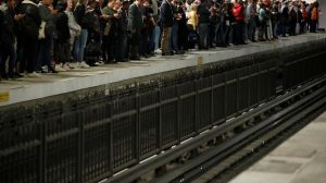 FRANCIA: Caos circulatorio por huelga masiva transporte público