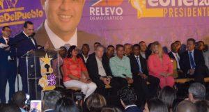 Manuel Crespo declina aspiraciones y anuncia respaldo a Leonel Fernández