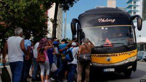 CUBA: Racionan combustible; culpan de la crisis a los Estados Unidos