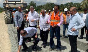 Presidente Medina supervisa la construcción Circunvalación SD