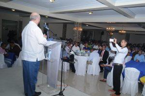 Hipólito Mejía presenta un plan para impulsar desarrollo integral de Azua