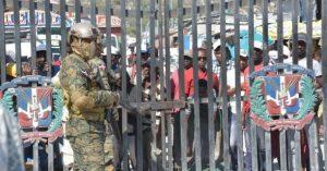 Ejército mantiene reforzada frontera ante aumento de disturbios en Haití