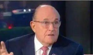"""Giuliani tiene """"el corazón roto al ver a NY destruida por Bill de Blasio"""""""