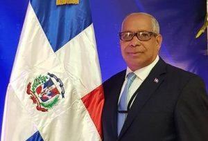 OPINION: Premio al emigrante dominicano Oscar de la Renta