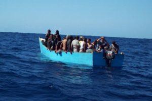 PUERTO RICO: Detienen 20 dominicanos llegaron en yola