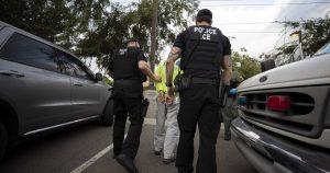 """Más de 30 mil dominicanos al borde de la """"deportación acelerada"""" de EU"""