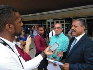 Grupos dominicanos se querellan ante la PGR contra haitianos