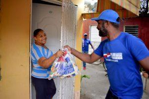 Plan Social de la Presidencia beneficia familias pobres varias provincias