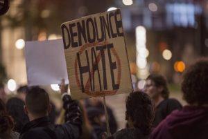 Nueva York penalizará a quienes llamen 'ilegal' a inmigrantes sin documentos