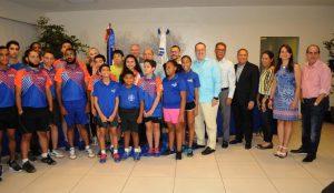 Mejores atletas latinos en el Sexto Clásico de Tenis de Mesa