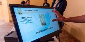 EEUU aprueba fondos para que IFES certifique el sistema voto  de la RD