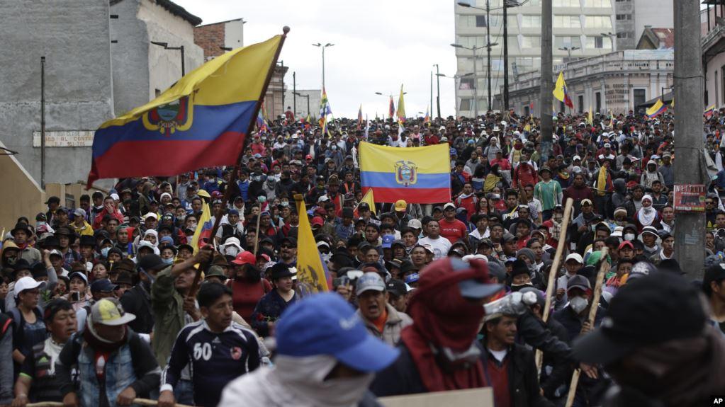 ECUADOR: Sigue la tensión a más de una semana de protestas contra el gobierno
