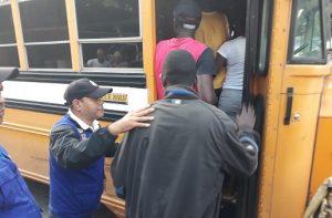 Autoridades intervienen diez provincias y deportan 1,200 haitianos