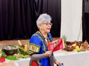 Xiomarita imparte charlas folkloricas en EEUU