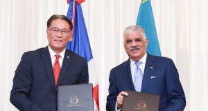 RD y Kazajstán firma memorando entendimiento comercio e inversión