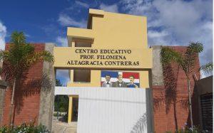 Ministro Educación promete concluir escuela de Sabana Grande de Boyá