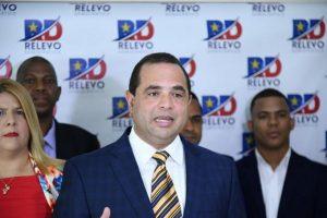 Crespo renuncia del PLD y llama «traidor» y «mercader» a Medina