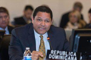 Danilo sustituye a Gedeón Santos como representante de RD ante OEA