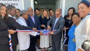 Inauguran unidad de hemodiálisis en hospital La Vega