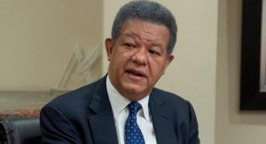 Leonel dice no tiene sentido debate sobre si él puede o no ser candidato