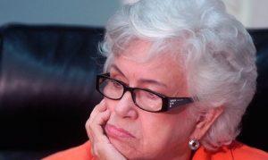 Operan a exvicepresidenta Milagros Ortiz Bosch; le extirparon la tiroides