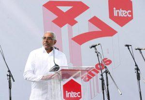 INTEC celebra 47 años con homenaje a sus miembros fundadores