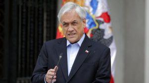 CHILE: Presidente pide renuncia de ministros a fin de frenar la crisis
