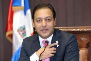 El alcalde Abel Martínez reitera su permanencia en el PLD