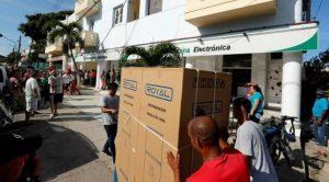 CUBA:Ventas en divisas como nueva estrategia para paliar la crisis